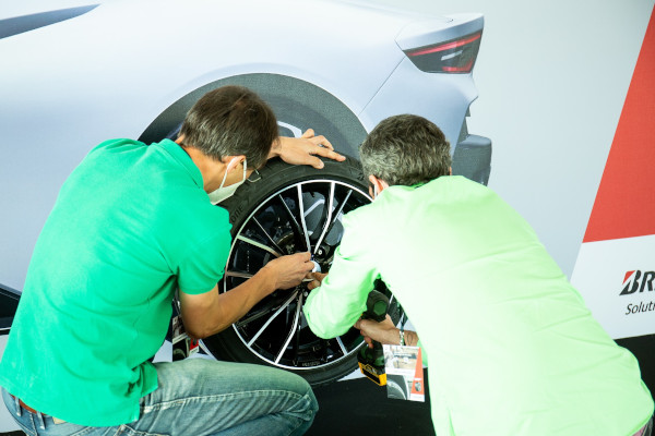 Check-up Media Bridgestone Potenza Sport test 3