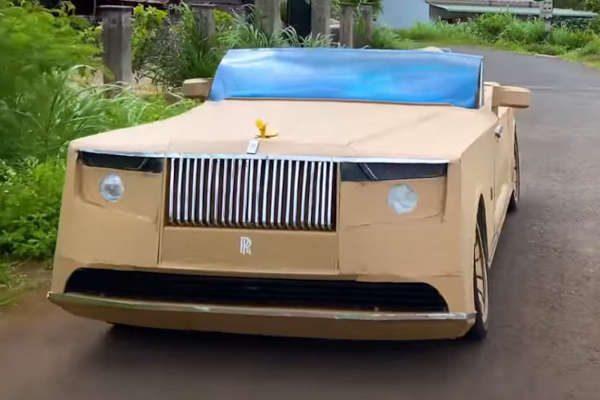 Check-up Media Rolls-Royce unusual